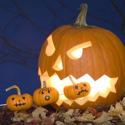 shish-ka-boo-jack-o-lantern-halloween-craft-photo-420-FF1009JACKA05