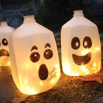 spirit-jugs-halloween-craft-photo-420-FF1007TREATA13