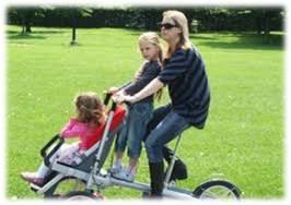 taga bike niño pequeño y grande